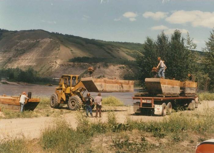 1996 4 Section-Pontoon Sectional Barge Motivated Seller - Make on OFFER Photo 6 sur 8
