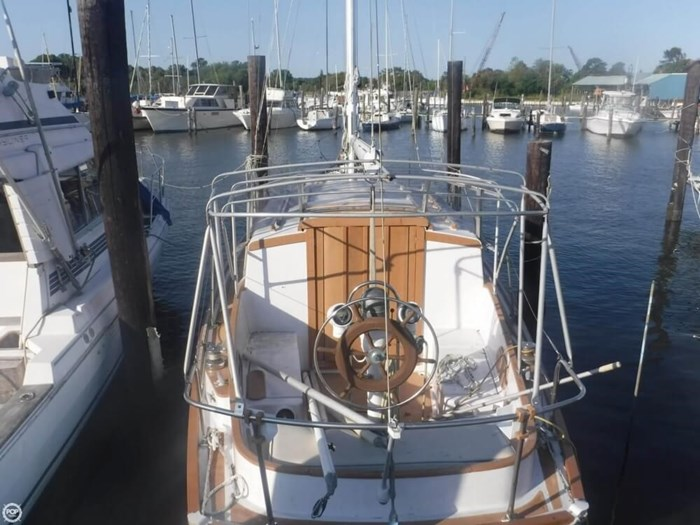 1966 Seafarer Bahama 35 MS Photo 11 of 20