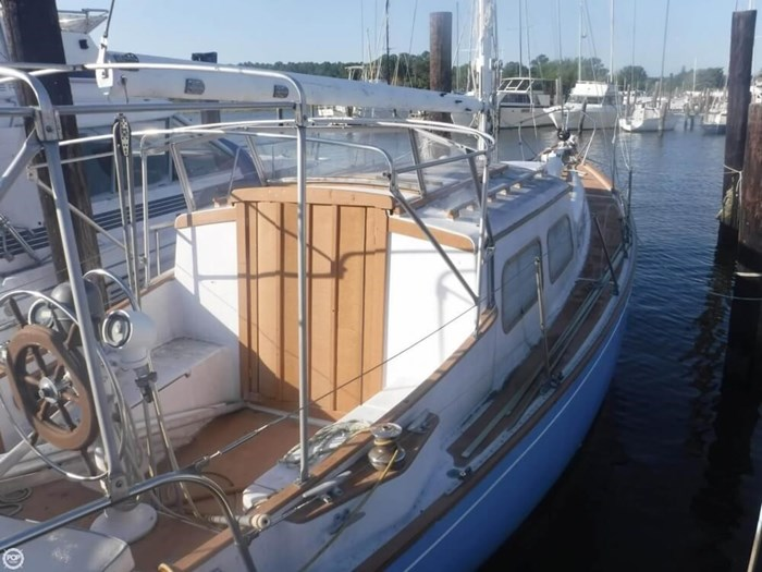 1966 Seafarer Bahama 35 MS Photo 14 of 20