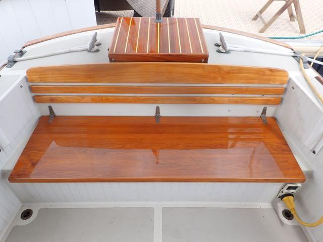 1987 Express Yachts Scout 30 - Photo 8 sur 26
