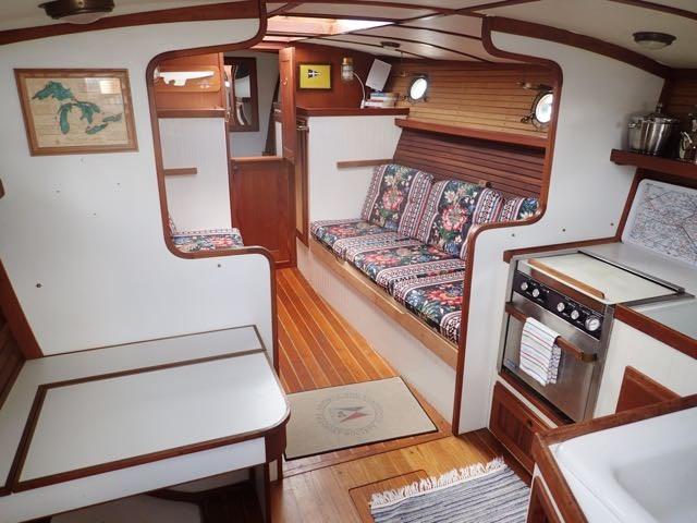1987 Express Yachts Scout 30 - Photo 17 sur 26
