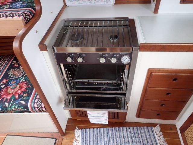 1987 Express Yachts Scout 30 - Photo 19 sur 26