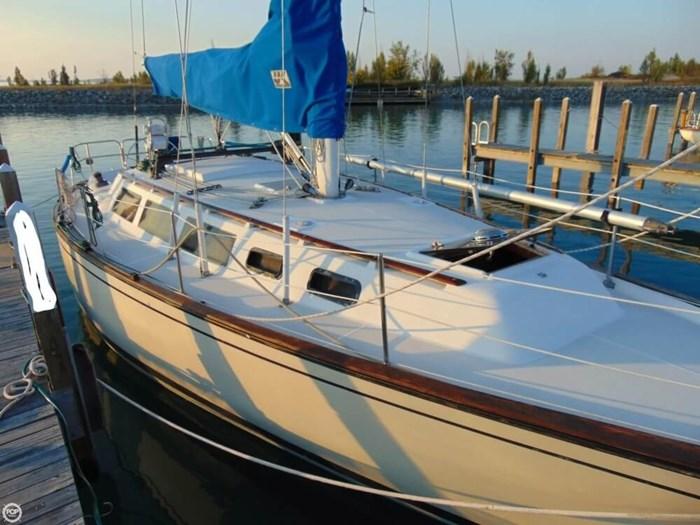 1985 S2 Yachts 11 Meter Aft Cockpit Photo 4 sur 20