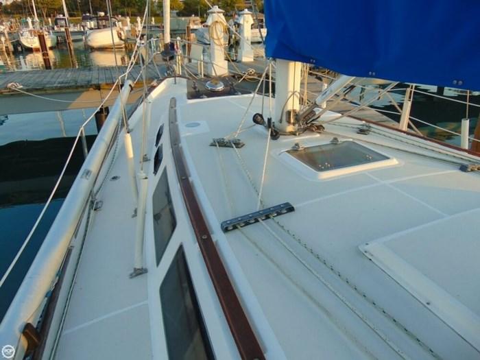 1985 S2 Yachts 11 Meter Aft Cockpit Photo 18 sur 20