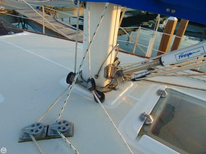 1985 S2 Yachts 11 Meter Aft Cockpit Photo 19 sur 20