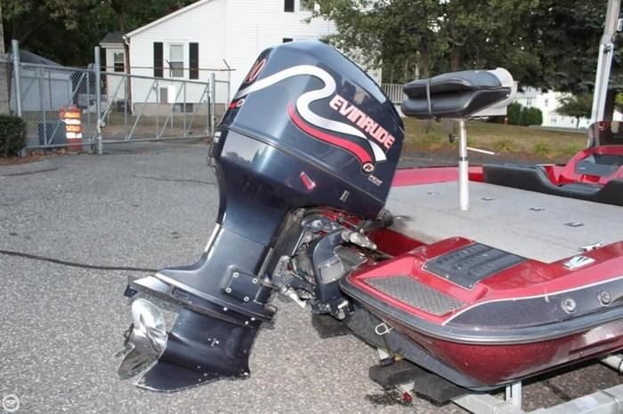 1998 Javelin 400 DC Photo 14 of 20