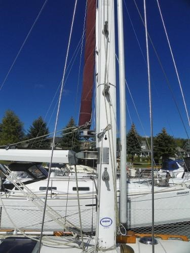 1985 Alberg 34 sloop Photo 5 of 22
