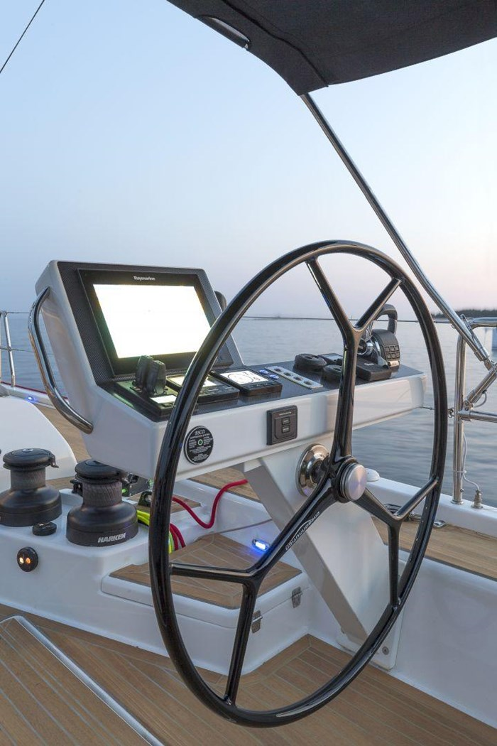 2019 Dufour Yachts Exclusive 63 Photo 14 sur 45