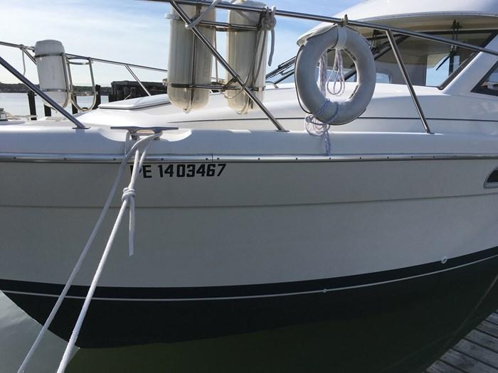 1998 Bayliner 3388 Motor Yacht Series Photo 14 of 20
