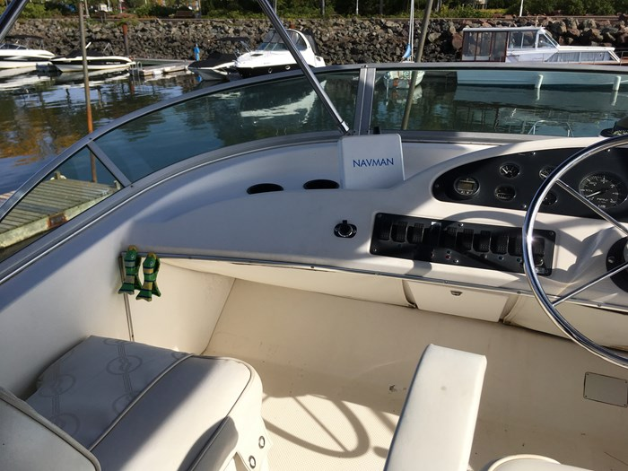 1998 Bayliner 3388 Motor Yacht Series Photo 16 of 20
