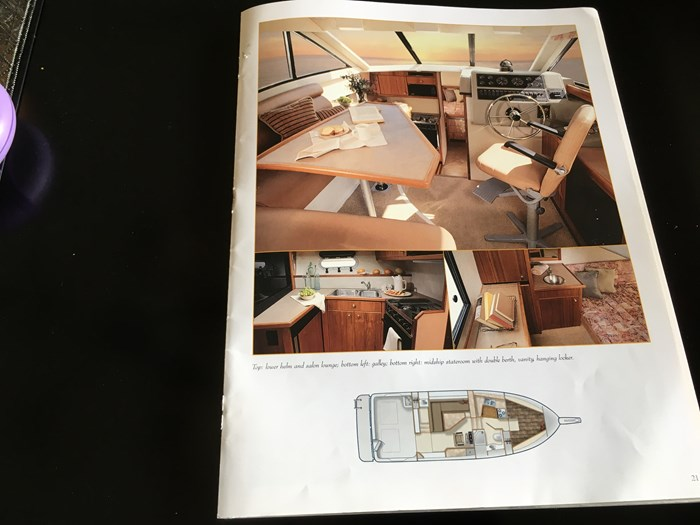 1998 Bayliner 3388 Motor Yacht Series Photo 20 of 20