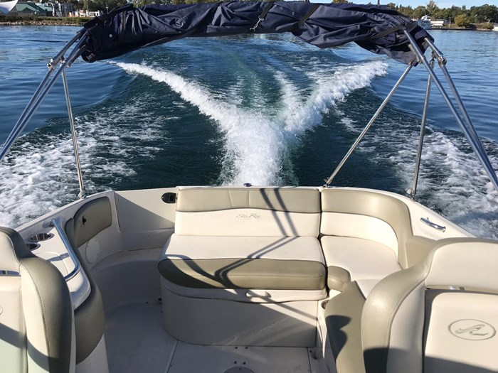 2007 Sea Ray 240 Sundeck Photo 10 sur 14