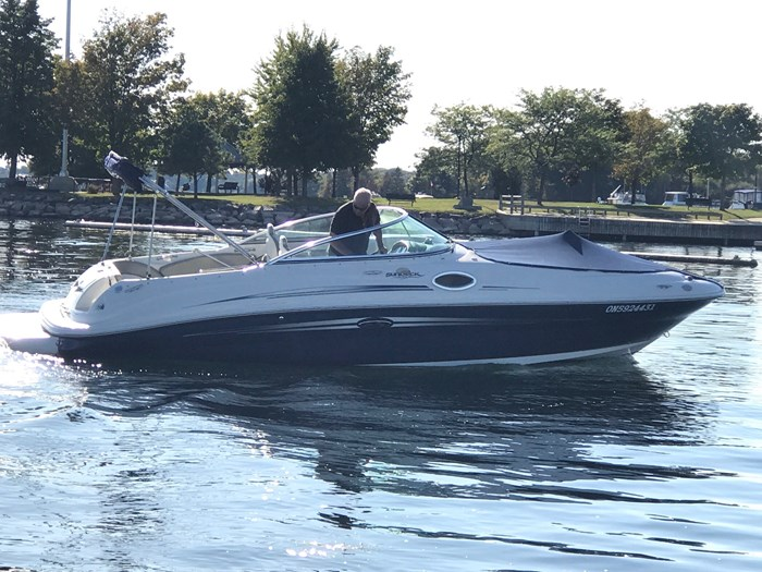 2007 Sea Ray 240 Sundeck Photo 6 sur 14