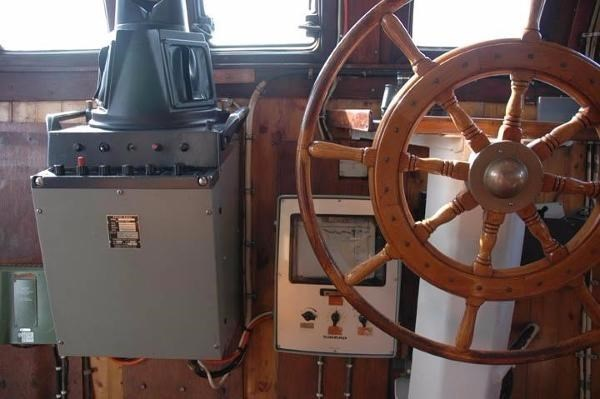 1959 Custom North Sea Expedition Trawler Photo 9 sur 31
