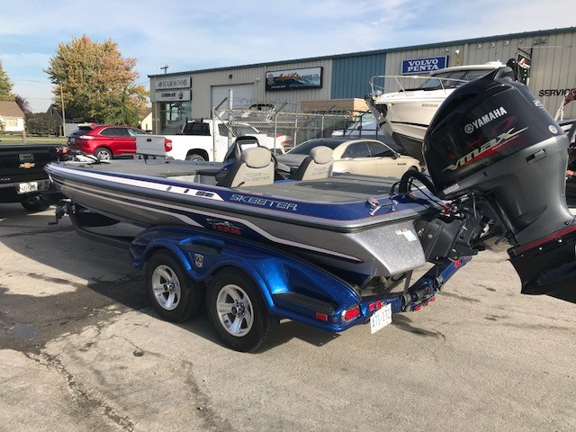 Skeeter Bass Boats For Sale >> Skeeter Fx 21 2014 Used Boat For Sale In Chatham Ontario Boatdealers Ca