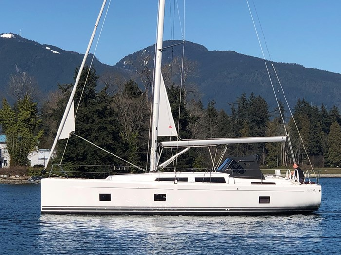 2020 Hanse Yachts 41 418 Photo 1 of 46