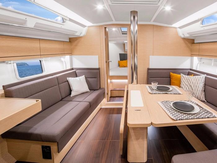 2020 Hanse Yachts 41 418 Photo 32 of 46