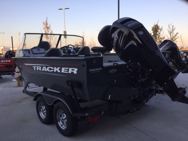 NEW 2015 Tracker Targa V18 WT Exclusive Auto Marine