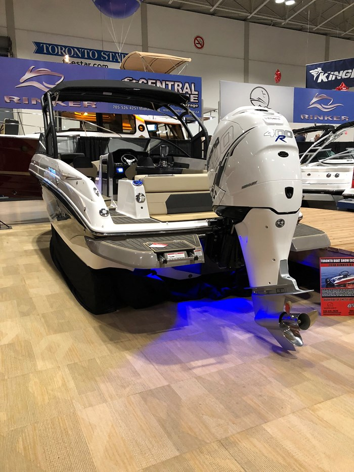2018 Rinker Q7 Outboard Photo 2 of 9