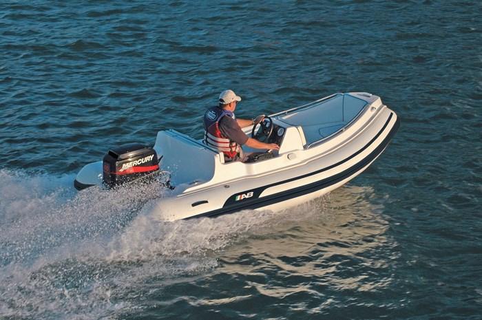 2021 AB Inflatables Nautilus 13 DLX Photo 2 of 3