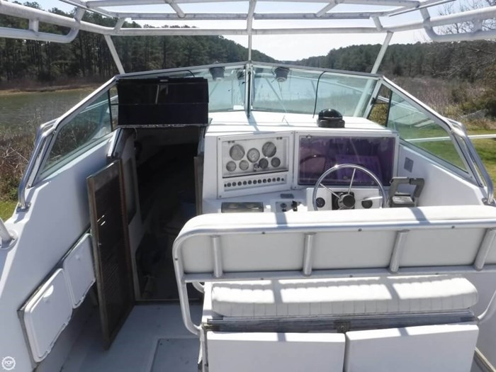 1988 Robalo R2660 Photo 15 of 21