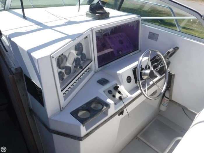 1988 Robalo R2660 Photo 17 of 21