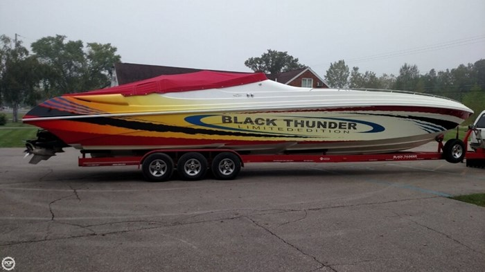2002 Black Thunder Powerboats 460 XT EC Limited Edition Photo 20 of 21