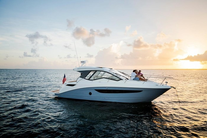 Sea Ray Sundancer 350 Coupe 2019 New Boat For Sale In Vancouver