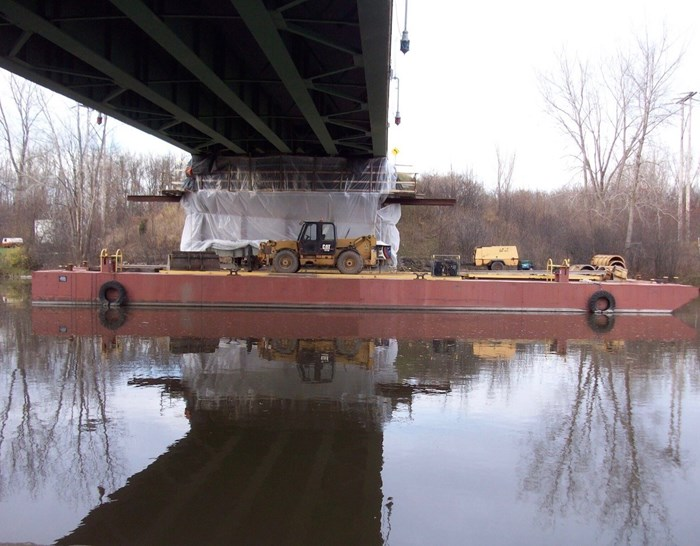 1948 100' x 34' x 7' Barge For Charter Only Photo 4 sur 5