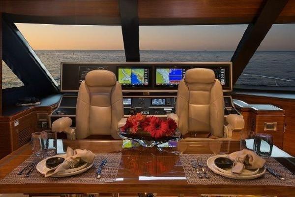 2020 Regency Yachts P65 Photo 16 of 25