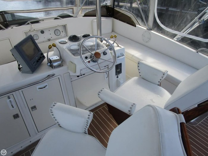 1983 Ocean Yachts 46 Super Sport Photo 5 sur 20