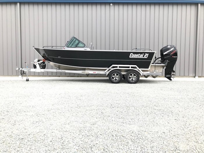 2021 Rogue Jet Boatworks Coastal 21 Outboard Model Photo 15 of 101