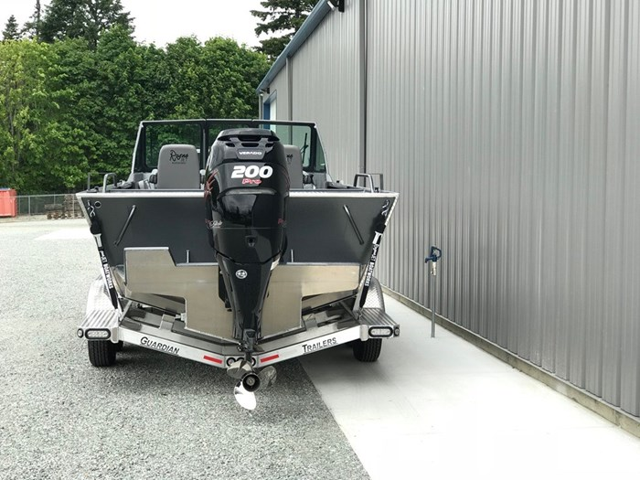 2021 Rogue Jet Boatworks Coastal 21 Outboard Model Photo 18 of 101
