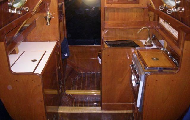 "1987 Wiggers Marine Custom Built ""R"" Boat Photo 7 of 14"