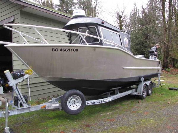 2015 Custom Guide, Dive, Sport Fishing Photo 4 sur 32