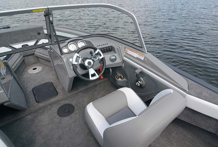 2021 MirroCraft Boat, Mercury Motor & Trailer (Package) Dual Impact 1766 - 20T - White Photo 12 of 22