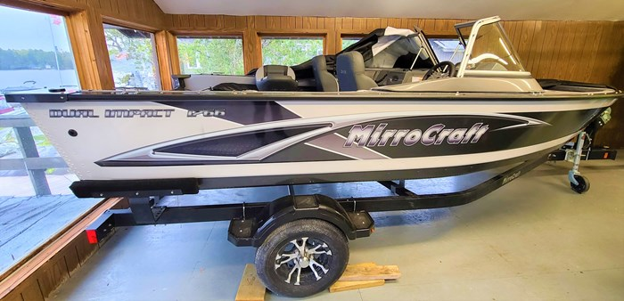 2021 MirroCraft Boat, Mercury Motor & Trailer (Package) Dual Impact 1766 - 20T - White Photo 3 of 22