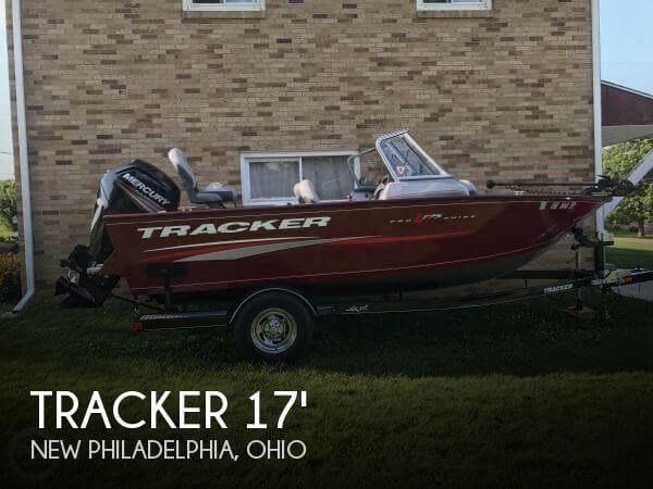 2016 Tracker Pro Guide V-175 Combo Photo 1 of 13