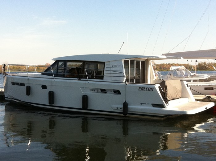 2009 Fjord 40 Cruiser Photo 16 sur 59