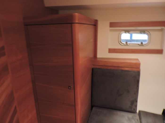 2009 Fjord 40 Cruiser Photo 46 sur 59