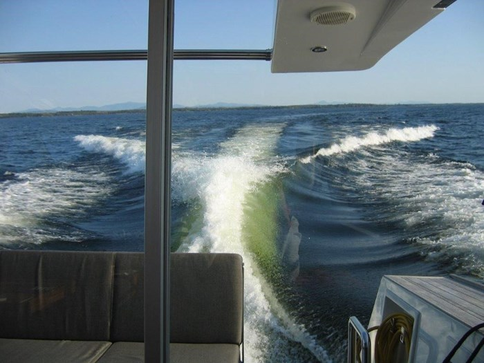 2009 Fjord 40 Cruiser Photo 25 sur 59