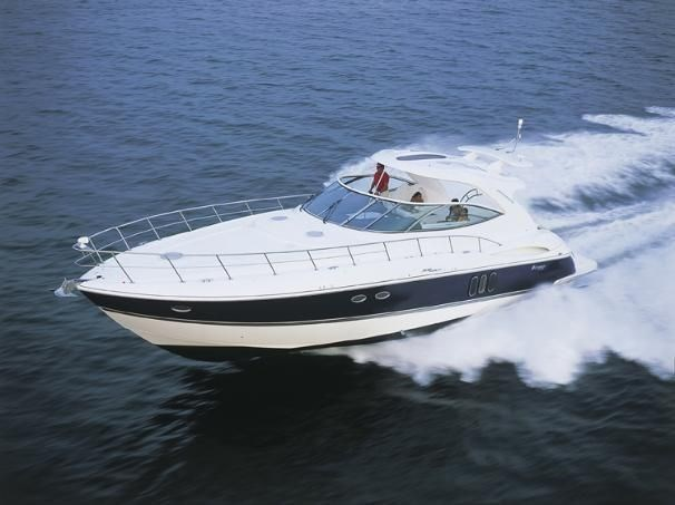 2005 Cruisers Yachts 500 Express Photo 1 sur 57