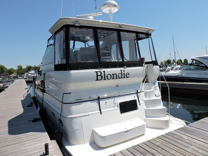 2005 Carver 46 Motor Yacht Photo 3 of 70