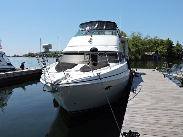 2005 Carver 46 Motor Yacht Photo 5 of 70