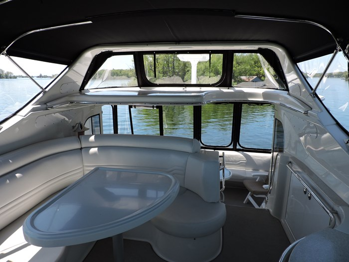 2005 Carver 46 Motor Yacht Photo 15 of 70