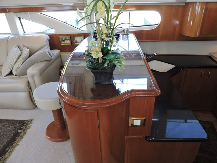 2005 Carver 46 Motor Yacht Photo 29 of 70