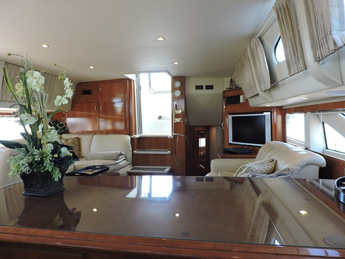 2005 Carver 46 Motor Yacht Photo 36 of 70