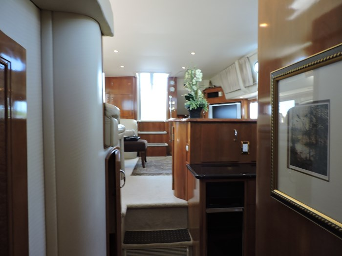 2005 Carver 46 Motor Yacht Photo 44 of 70