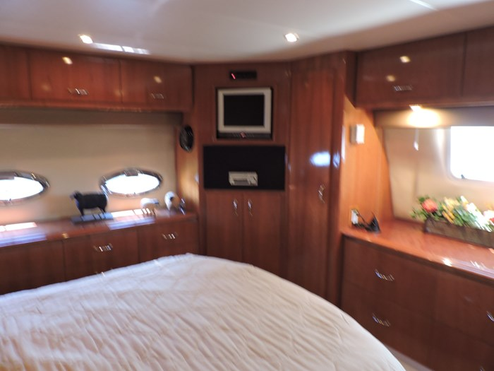 2005 Carver 46 Motor Yacht Photo 50 of 70