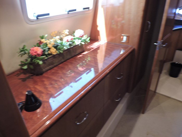 2005 Carver 46 Motor Yacht Photo 56 of 70